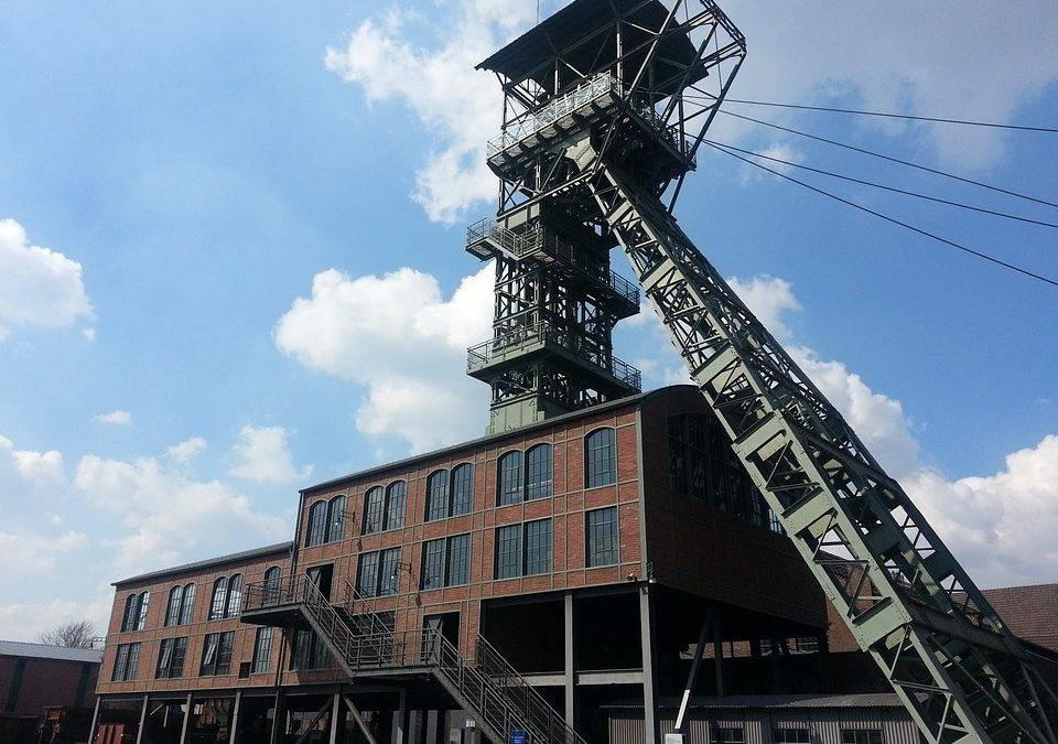 Charakterystyka odpowiedzialności kopalń za szkody górnicze pod rządami ustawy prawo geologiczne i górnicze z 2011 r.
