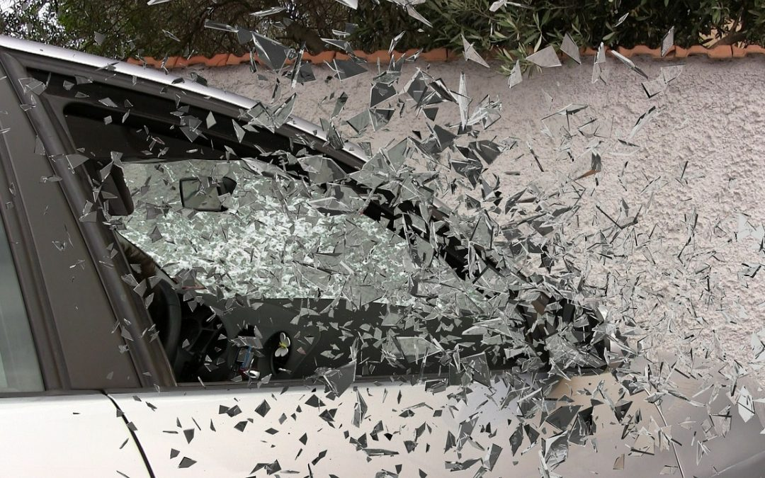 Ubezpieczenia: Kolizja dwóch pojazdów – co należy zrobić, aby uzyskać odszkodowanie od zakładu ubezpieczeń.