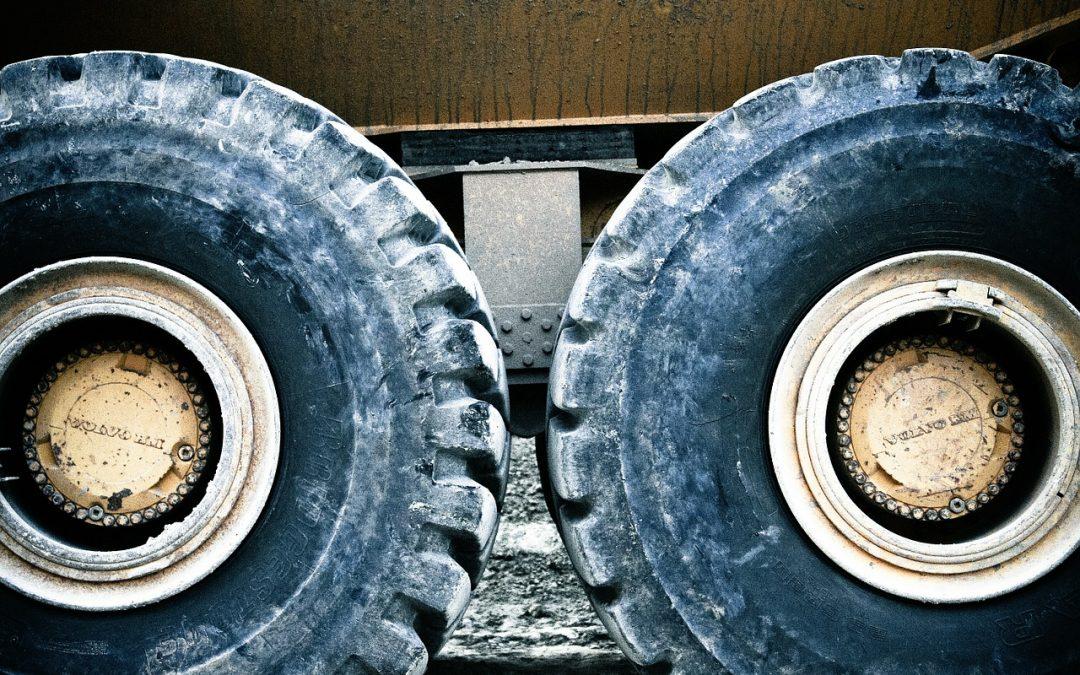 Ubezpieczenia: szkody powstałe w trakcie lub w związku z transportem, czyli zasady odpowiedzialności polisy OC przewoźnika – część I