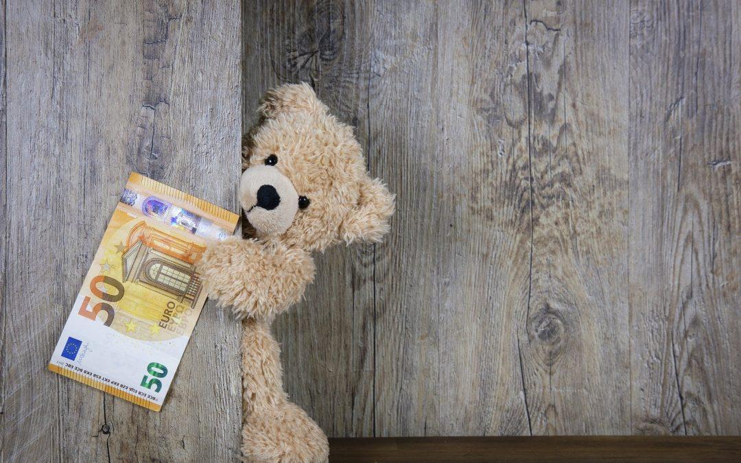Kradzież pieniędzy z konta bankowego: częściowy zwrot kwoty jako uznanie odpowiedzialności