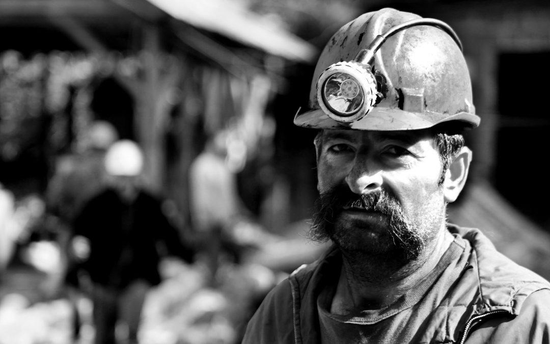 W jaki sposób kopalnia broni się przed odpowiedzialnością z tytułu szkód górniczych?